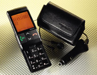 Big button mobile phone in black - shown with accessories
